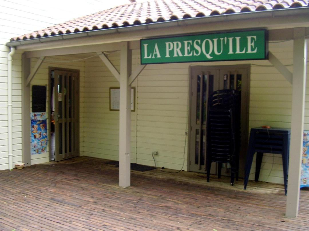 Photo du 13 mai 2017 17:06, Restaurant de la Presqu'île, Lac du Tolerme, 46210, France