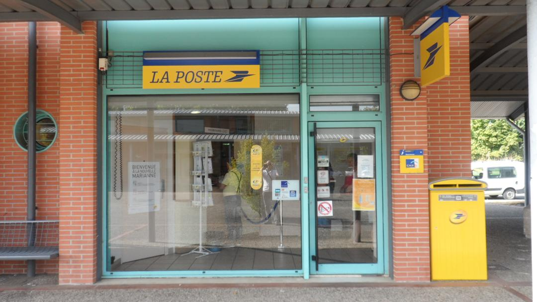 Photo of the February 5, 2016 6:55 PM, La Poste, 8 Avenue des Nobles, 31140 Launaguet, France
