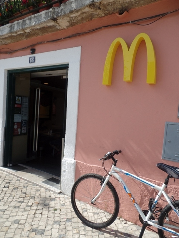 Photo of the February 5, 2016 6:57 PM, Macdonalds, Tv. da Praça 2, 1300-469 Lisboa, Portugal