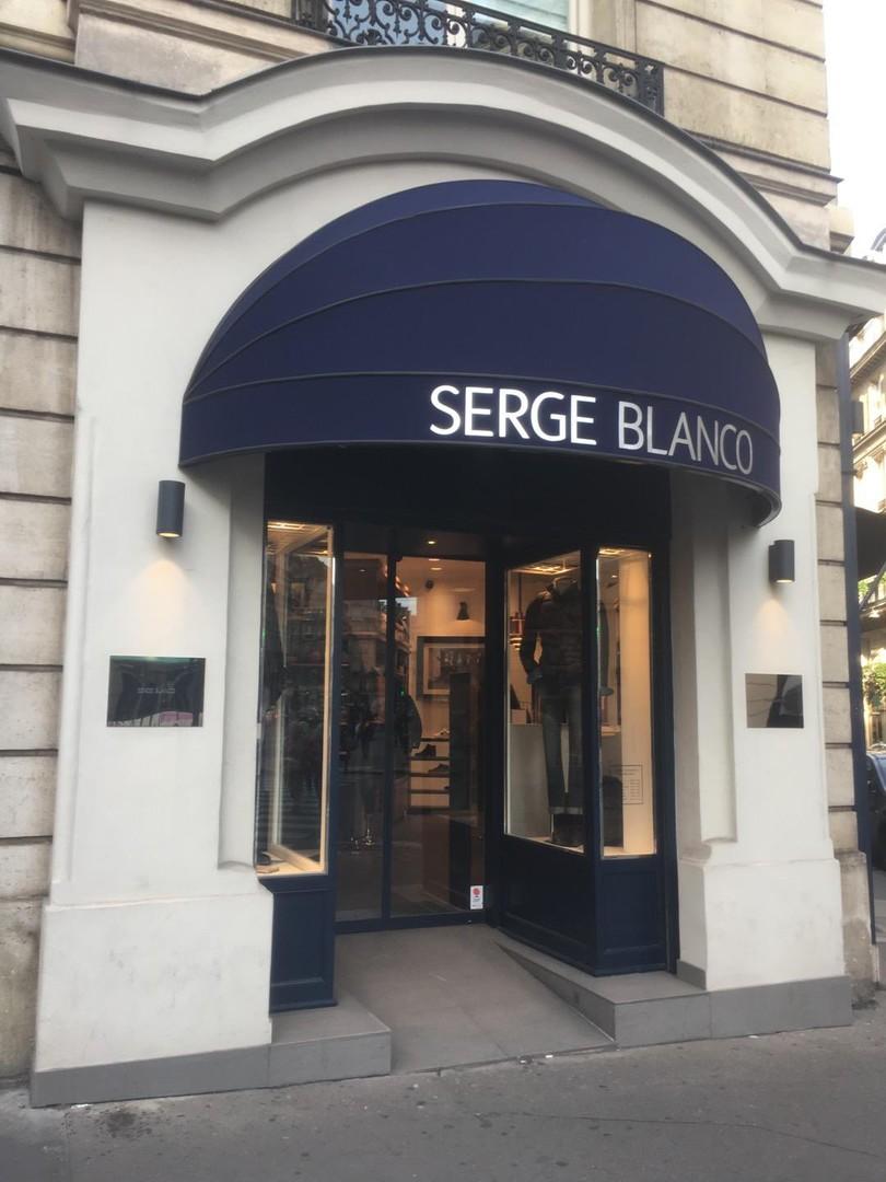Photo du 25 octobre 2017 14:43, Serge Blanco, 36 bis, avenue de l'Opéra, 75002 Paris, France