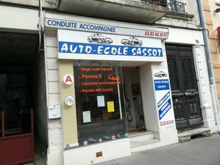 Photo of the August 9, 2017 9:52 AM, Sassot Driving School, 26 Avenue Jean Jaurès, 71100 Chalon-sur-Saône, France