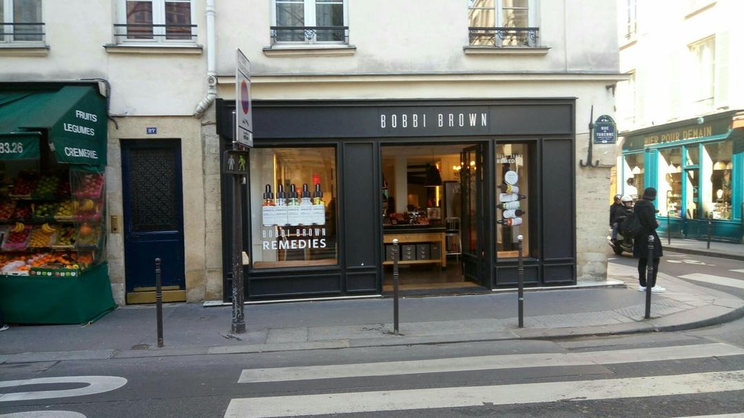 Foto vom 25. März 2017 09:48, Bobbi Brown Studio, 1 bis Rue des Francs Bourgeois, 75004 Paris, Frankreich