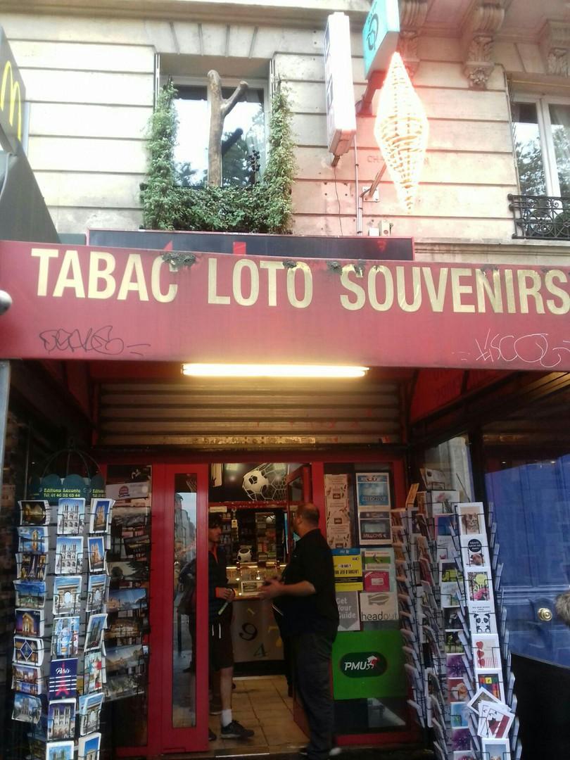 Foto del 26 de octubre de 2017 8:41, Tabac du Lion, 5 Avenue du Général Leclerc, 75014 Paris, Francia