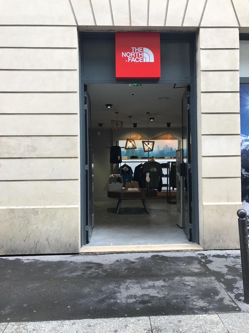 Foto vom 6. Juni 2017 14:20, The North Face, 115 Boulevard Saint-Germain, 75007 Paris, Francia