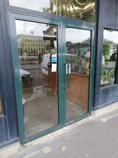 """Photo of the June 14, 2018 5:10 PM, The Orchid House, Ile de la Cité -, Marché aux fleurs """"Reine Elizabeth II"""" -, 47-49 place Louis Lépine, 75004 Paris, France"""