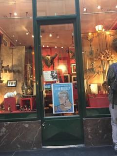 Photo of the October 25, 2017 3:02 PM, Thierry Ruby, 12 Passage Verdeau, Paris, France