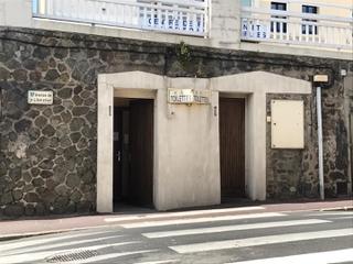 Photo du 21 mai 2017 15:03, Toilettes publiques, 1 Avenue de la Libération, Granville, France