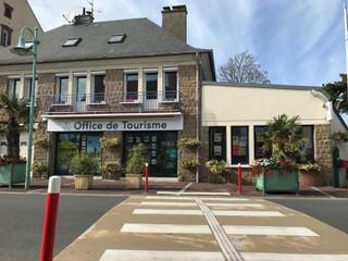 Photo of the September 30, 2017 2:26 PM, Bureau d'informations touristiques de Donville les Bains, 95 Ter Route de Coutances, 50350 Donville-les-Bains, France