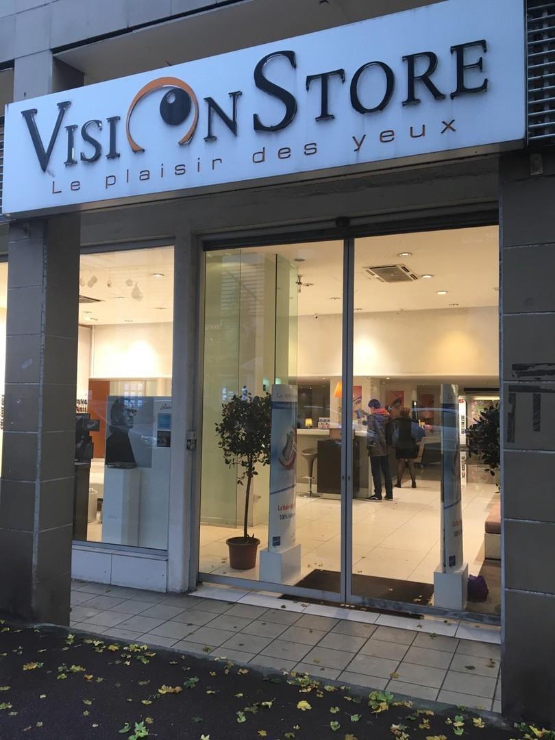 Foto del 4 de noviembre de 2017 15:42, Vision Store, 5 Avenue Victor Cresson, 92130 Issy-les-Moulineaux, Francia