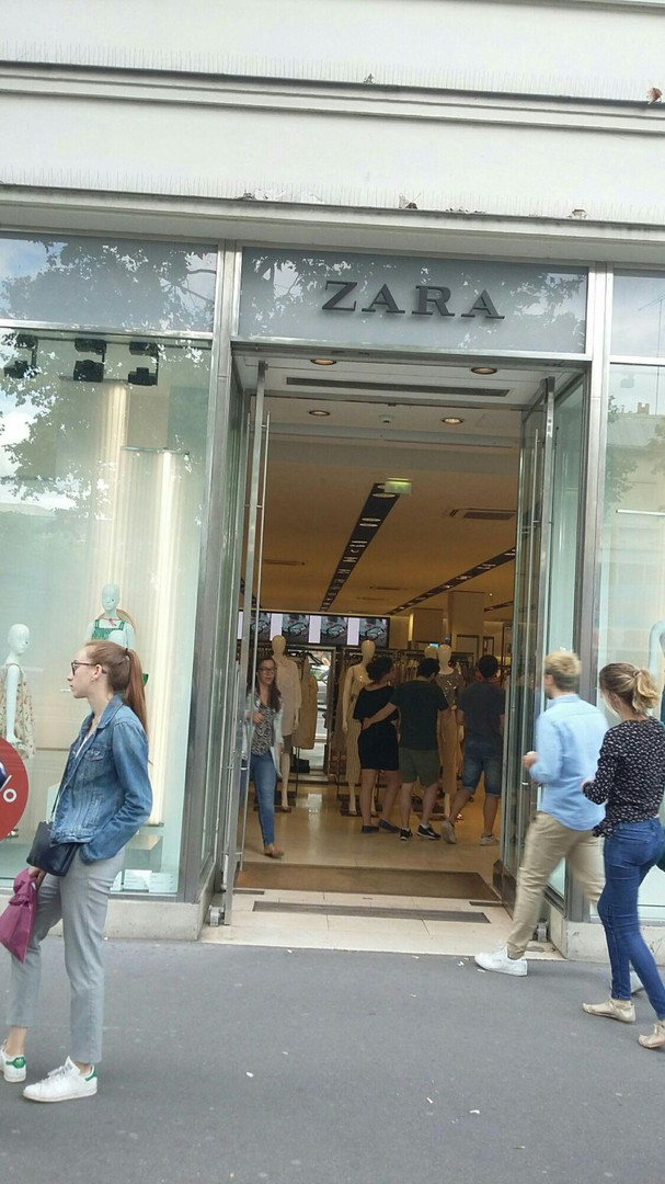 Photo of the June 16, 2018 4:32 PM, ZARA, 14 Avenue du Général Leclerc, 75014 Paris, France