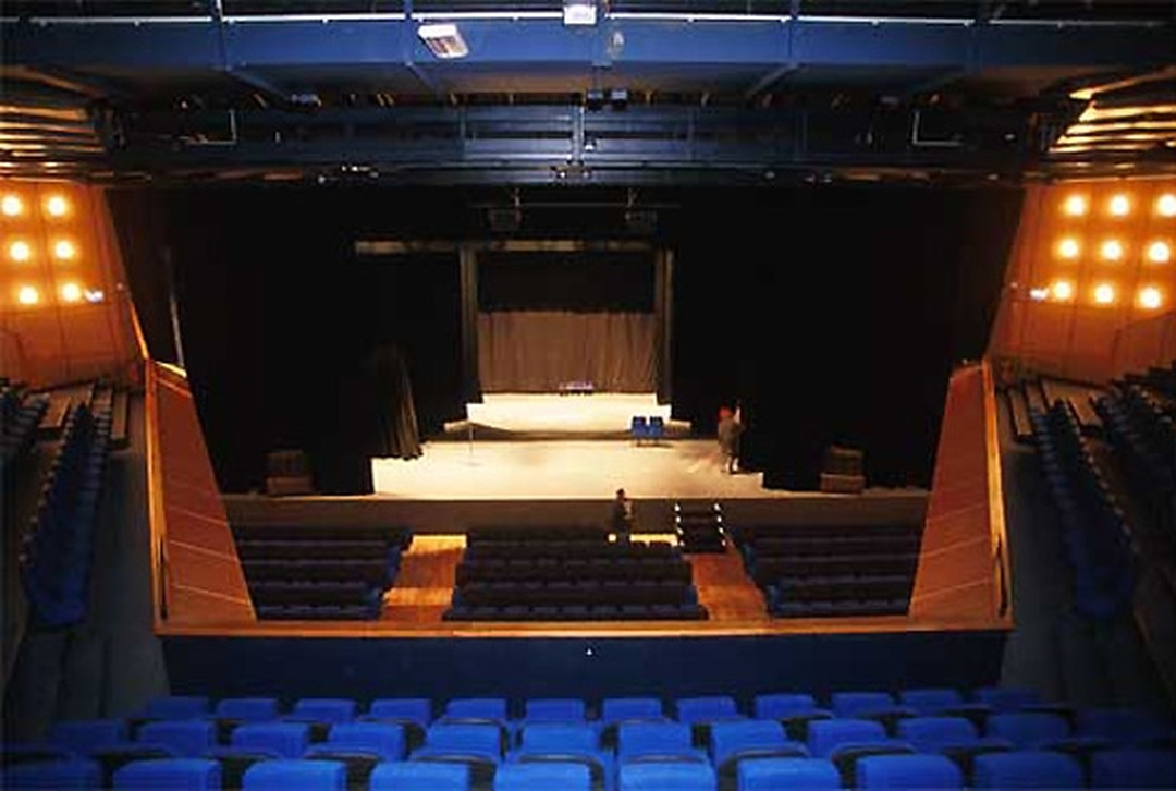 Performing Arts Theater - Le Prisme , Élancourt