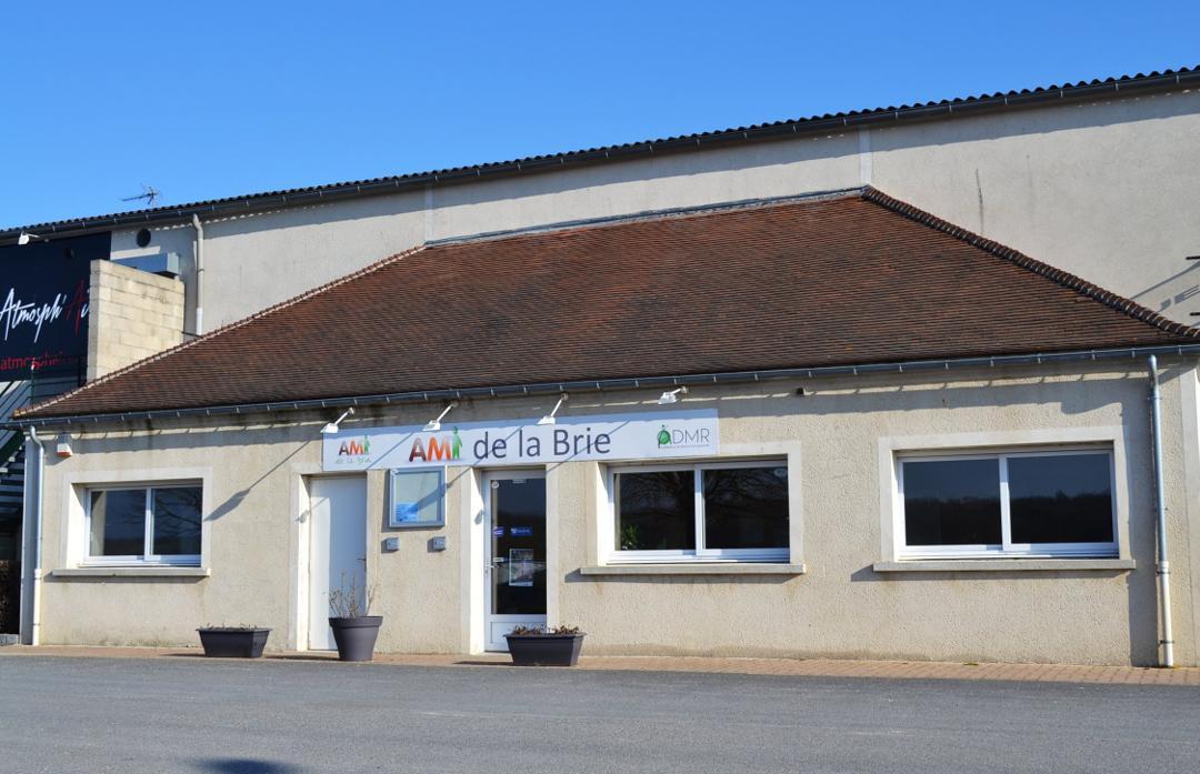 Foto vom 24. Mai 2016 22:49, AMI de la Brie (Association Multiservices Intercommunale), 42 Rue du Bois Pouty, 77120 Mouroux, France
