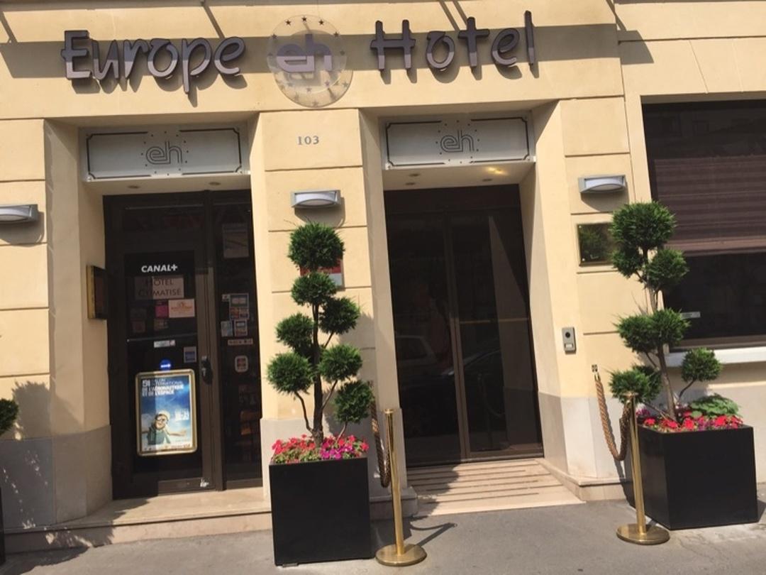 Foto vom 5. Februar 2016 18:57, Europe Hotel Paris Eiffel, 103 Boulevard de Grenelle, 75015 Paris, Frankreich