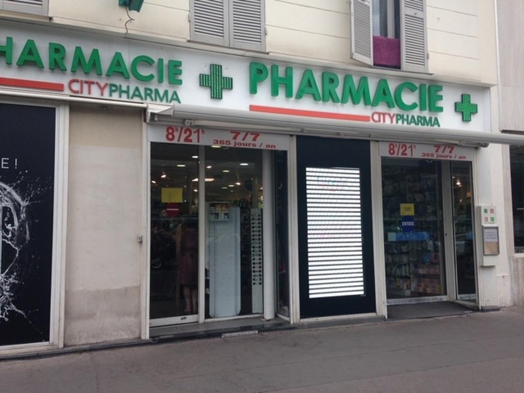 Foto vom 5. Februar 2016 18:57, Grande Pharmacie de la Nation, 13 Place de la Nation, 75011 Paris, France