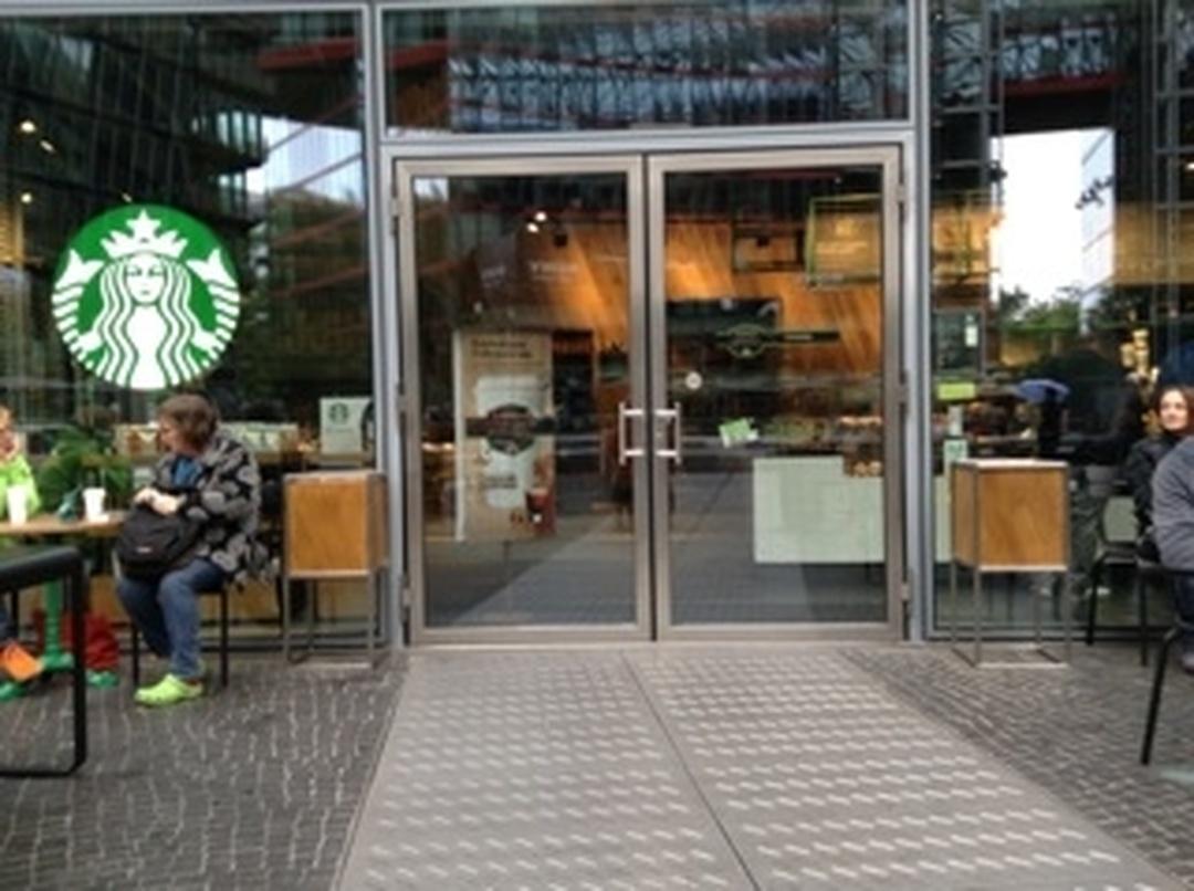 Photo of the February 5, 2016 6:55 PM, Starbucks, Sony-Center, Neue Potsdamer Straße 2, 10785 Berlin, Germany