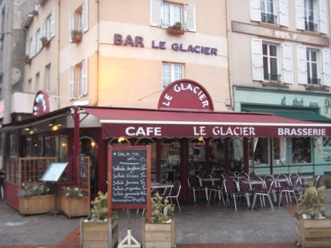 Photo du 5 février 2016 18:56, Restaurant Le Glacier, 12 Place Denis Dussoubs, 87000 Limoges, France