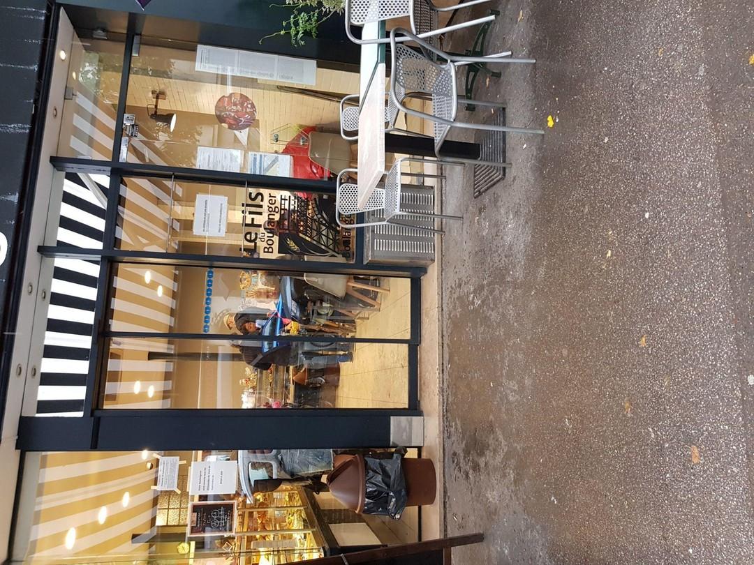 Foto vom 13. September 2017 11:37, boulangerie Patisserie Sicard, 38 Avenue de Suffren, 75015 Paris, France