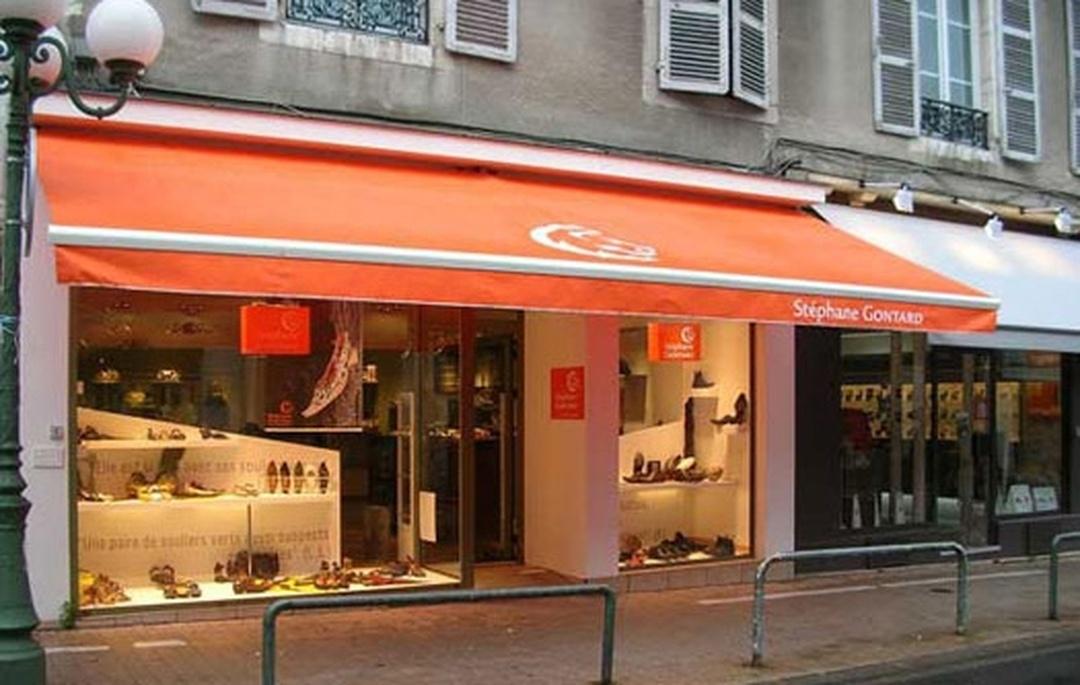 Foto del 5 de febrero de 2016 18:56, Chaussures Stéphane Gontard, 28 Rue Serviez, 64000 Pau, Francia