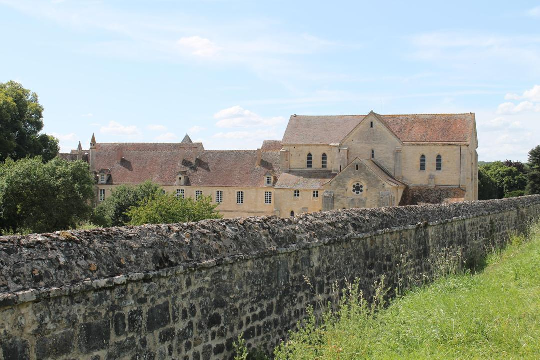 Foto vom 5. Februar 2016 18:54, Kloster Noirlac, 366 Noirlac, 18200 Bruère-Allichamps, Frankreich
