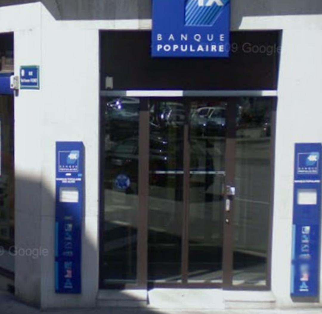 Photo du 5 février 2016 18:52, Banque Populaire Auvergne Rhône Alpes, 15 Avenue des Ducs de Savoie, 73000 Chambéry, France