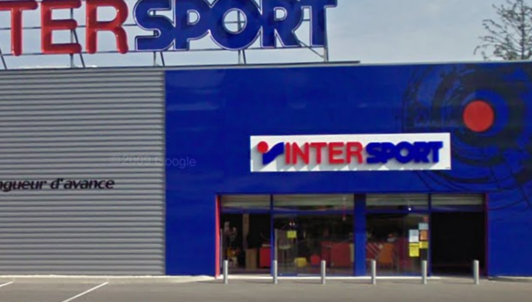 Photo of the February 5, 2016 6:52 PM, Intersport, 93 Impasse de l'Étang, 74800 La-Roche-sur-Foron, France
