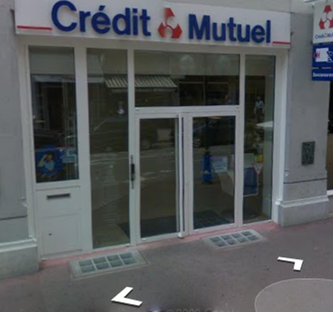 Photo of the February 5, 2016 6:52 PM, Crédit Mutuel, 9 Rue de la Poste, 74000 Annecy, France