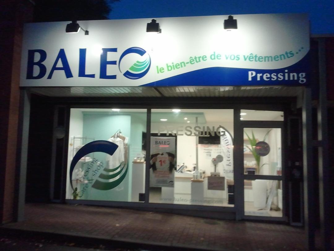 Foto del 5 de febrero de 2016 18:54, Baleo pressing Marcq en Baroeul, 54 Rue de la Briqueterie, Parking CC MATCH, 59700 Marcq-en-Barœul, Francia