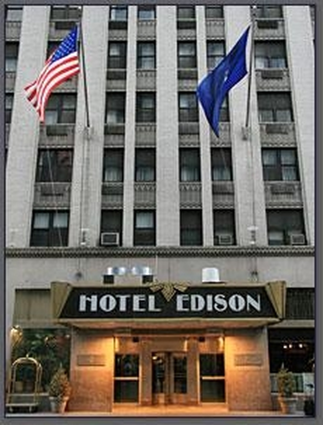 Photo du 5 février 2016 18:53, Hotel Edison, 228 W 47th St, New York, NY 10036, États-Unis