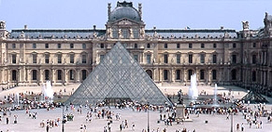 Museum - Relais Du Louvre Hotel , Paris