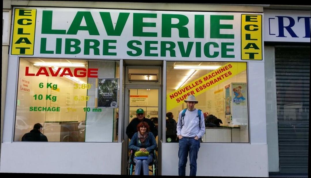 Foto del 5 de febrero de 2016 18:57, Lavaderie libre service Eclat, 2 Rue de la Comète, 75007 Paris, Francia