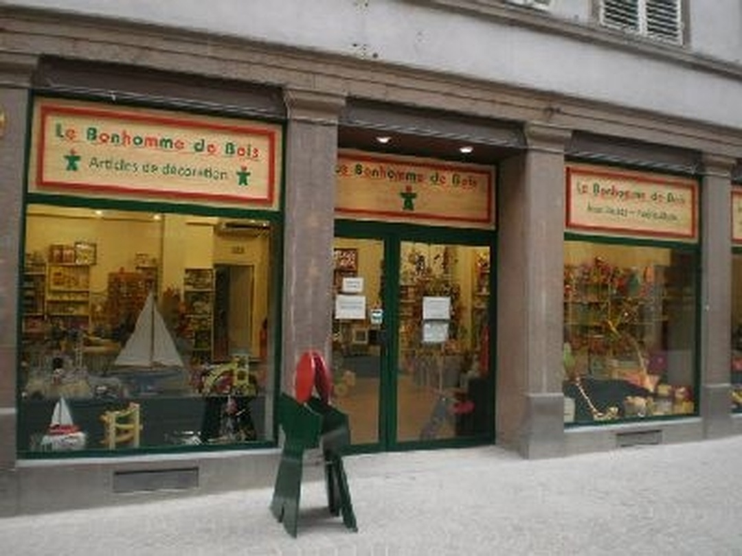 Foto del 5 de febrero de 2016 18:57, Le Bonhomme de bois, 75 Grand Rue, 67000 Strasbourg, France