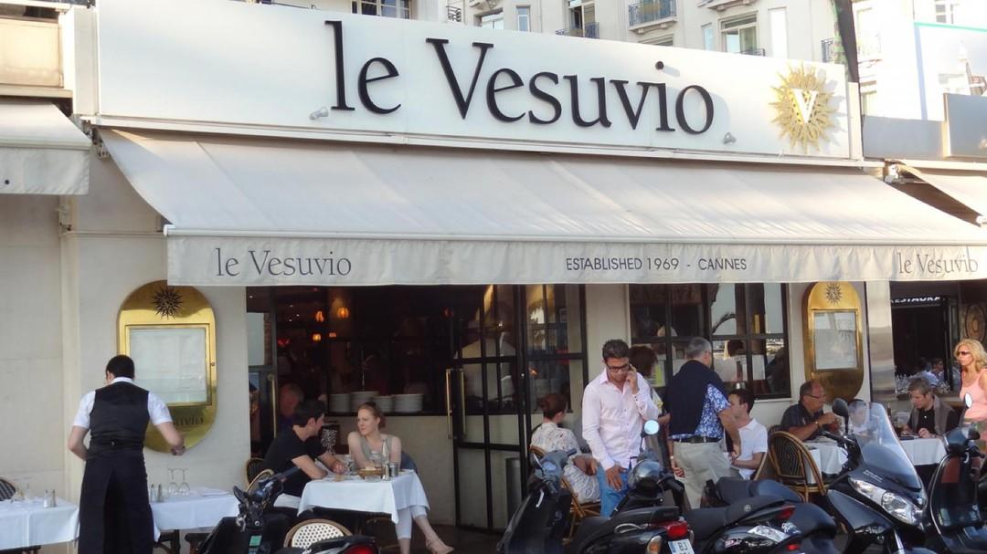 Foto del 31 de octubre de 2017 14:57, coffee by Vésuvio canes, 69 Boulevard de la Croisette, 06400 Cannes, Francia