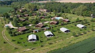 Photo of the August 23, 2016 7:10 AM, Les Chalets de Fiolles (PRL) 4 étoiles Hébergement en Occitanie, dans le Tarn (Gaillac-Albi), 2634 Route de Lavaur, 81600 Brens, Gaillac, France