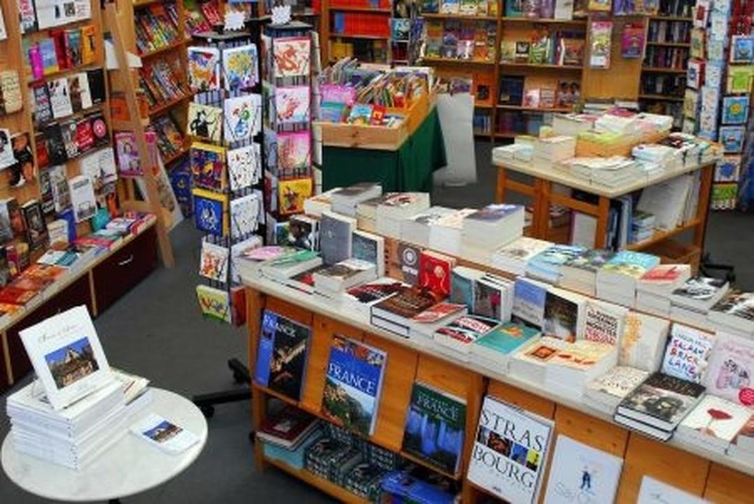 Photo du 5 février 2016 18:48, The Bookworm English Bookshop, 3 Rue de Pâques, 67000 Strasbourg, France