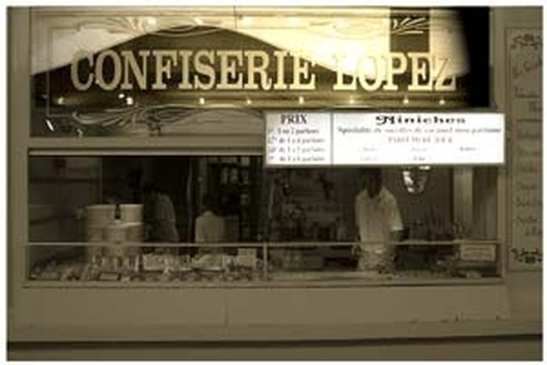 Foto vom 5. Februar 2016 18:48, Confiserie Lopez - Maître artisan - Royan, 16 Front de Mer, 17200 Royan, Frankreich