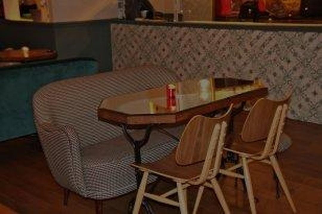 Fast Food Restaurant - Mojo Kitchenbar , Paris