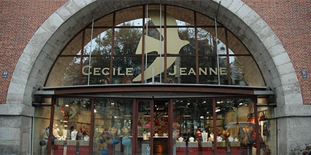 Photo du 5 février 2016 18:57, Cécile et Jeanne, 49 Avenue Daumesnil, 75012 Paris, France