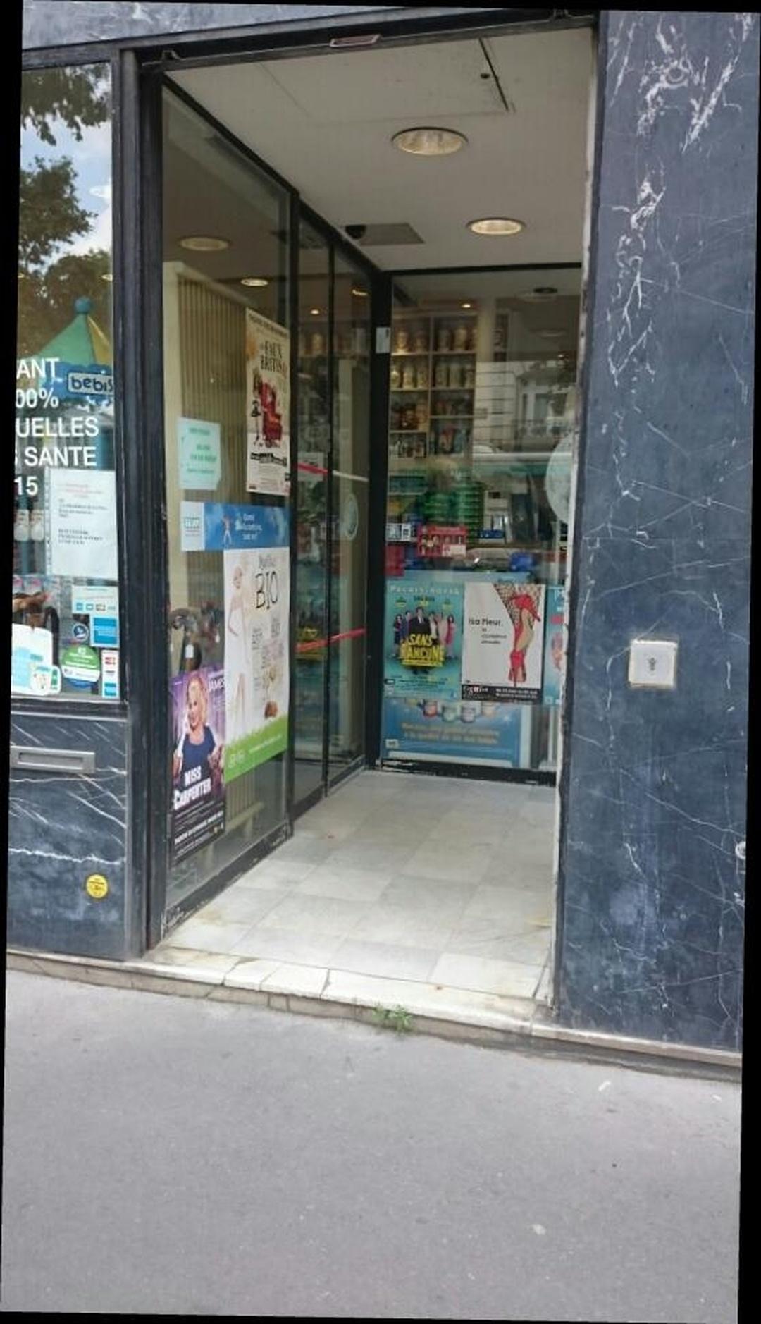 Foto vom 5. Februar 2016 18:56, Pharmacie Suffren, 82 Avenue de Suffren, 75015 Paris, Frankreich