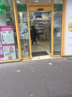 Photo of the March 20, 2018 3:47 PM, pharmacie ordener, 4 Rue Ordener, 75018 Paris, France