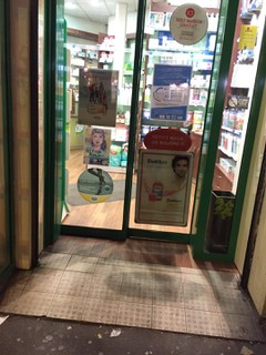 Photo of the November 16, 2017 6:15 PM, pharmacie rachidi , 401 Rue des Pyrénées, Paris, France