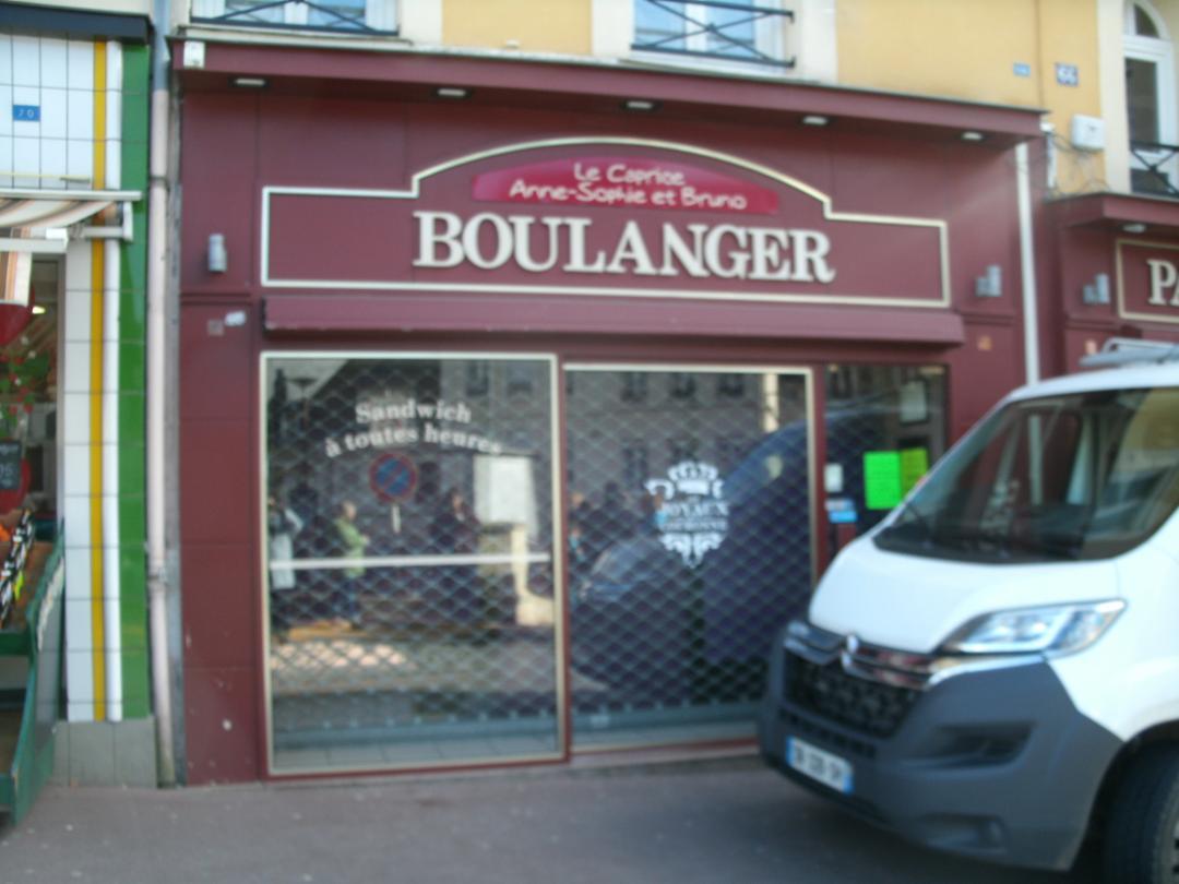 Foto del 5 de febrero de 2016 18:55, Boulangerie Le Caprice, 66 Rue de la République, 76210 Bolbec, Francia