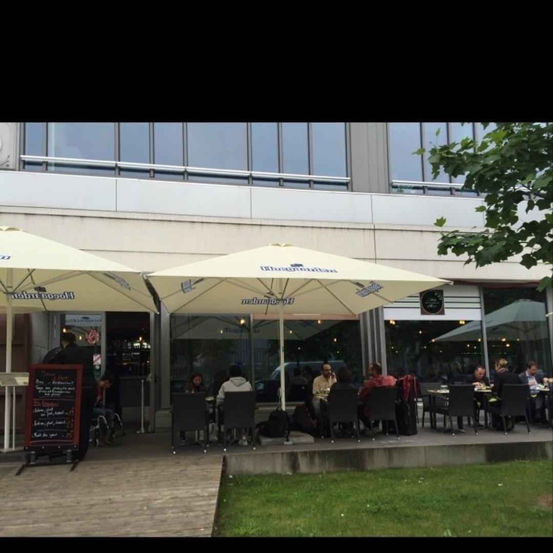 Foto del 9 de junio de 2016 20:02, Marie & Adam restaurant, ZAC Landy 2, Immeuble le Cézanne, 30 Avenue des Fruitiers, 93210 Saint-Denis, Francia