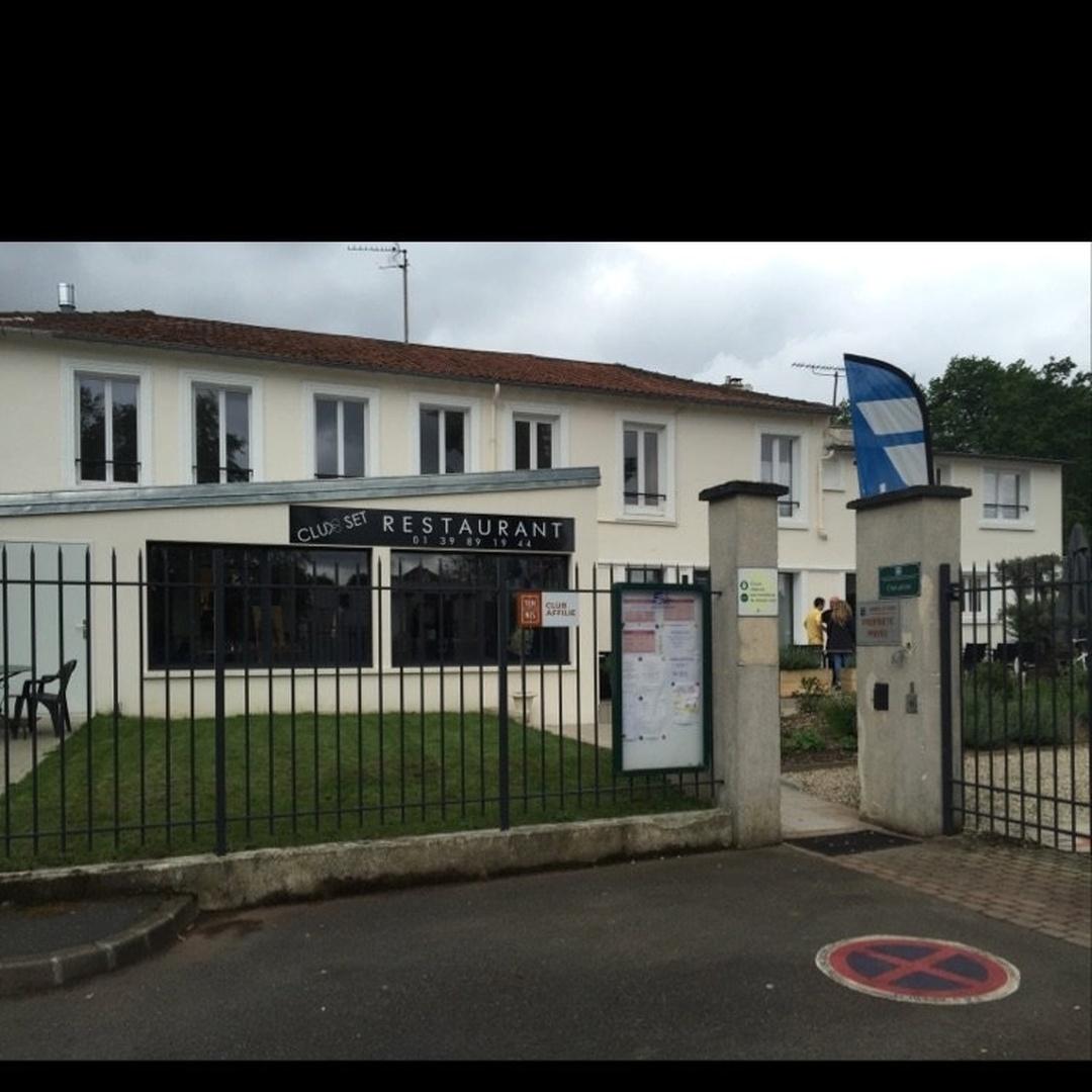 Foto del 24 de mayo de 2016 22:49, Club Set, 33 Avenue Danielle Casanova, 95210 Saint-Gratien, Francia