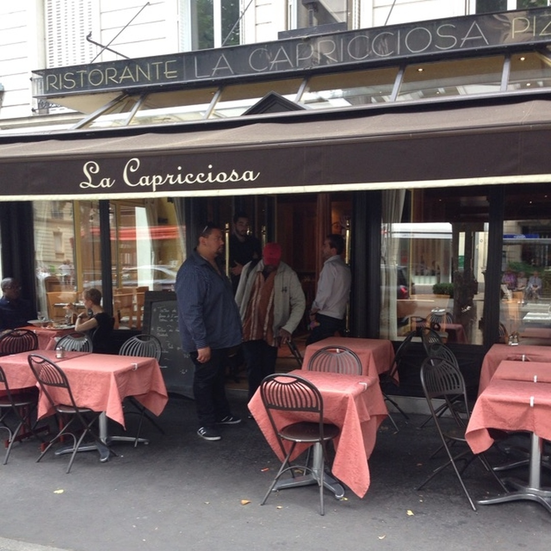 Photo du 5 février 2016 18:57, La Capricciosa, 61 Avenue du Roule, 92200 Neuilly-sur-Seine, France
