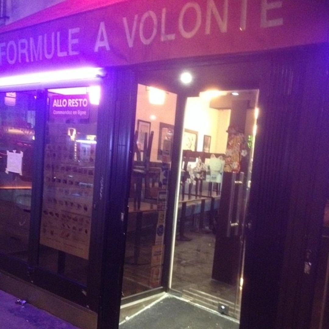 Photo du 24 mai 2016 16:14, Golden Sushi, 265 Rue du Faubourg Saint-Antoine, 75011 Paris, France
