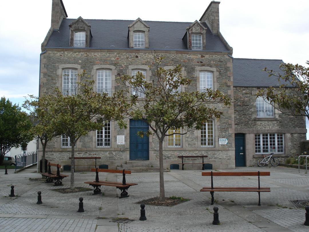 Photo of the February 5, 2016 6:54 PM, Espace Brassens, 19 Rue du Général de Gaulle, 50130 Cherbourg-Octeville, France